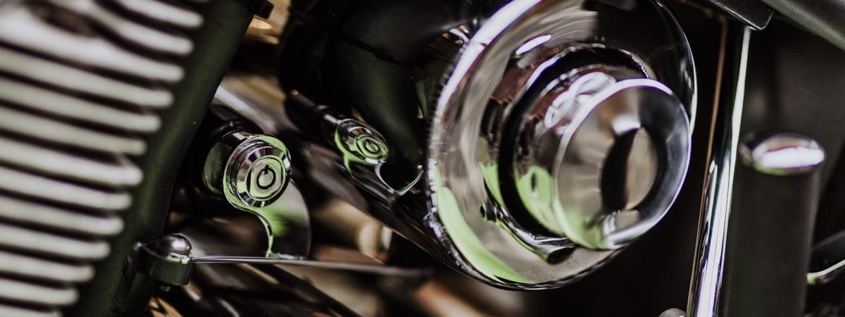 Auto-Fotografie durch Motorrad-Fotografie ergänzen